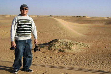 PROUD JCI Mem. Eric Martin M. Taghoy by the desert outside west of Dubai in UAE.